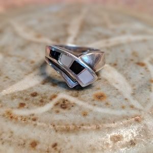 Jewelry - Vintage Sterling Silver Ring